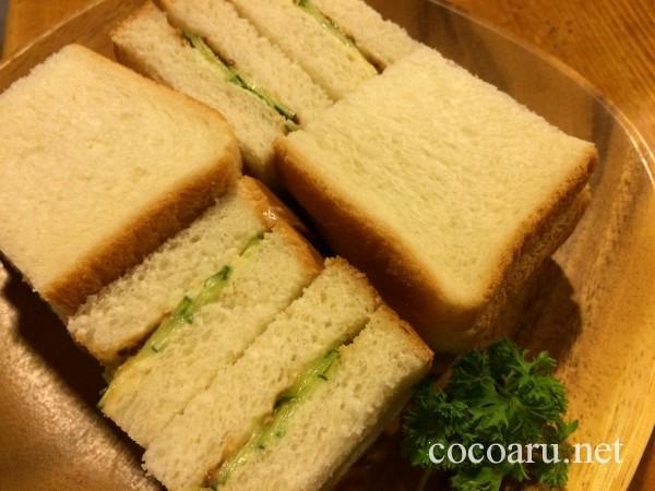醤きゅうりサンドイッチ!